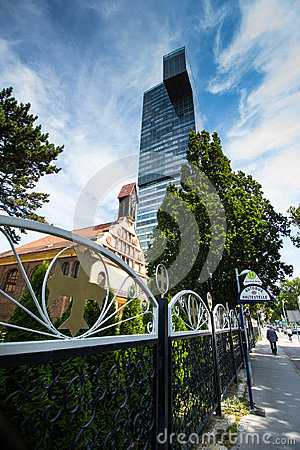Free The Modern Danube City Of Vienna Royalty Free Stock Images - 96619209