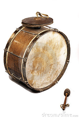 Free The Old, Worldly-wise, Shabby, Dusty Bass Drum Stock Photography - 5843382