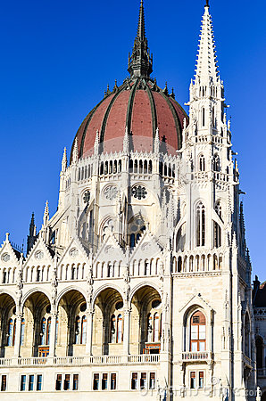 Free The Parliament In Budapest Royalty Free Stock Images - 76786369