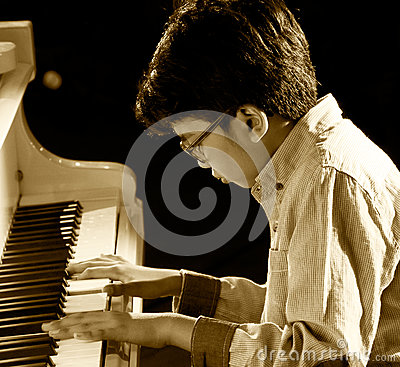 Free The Pianist Joey Alexander Royalty Free Stock Photos - 32049548