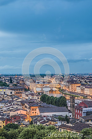 Free The Ponte Vecchio (Old Bridge) In Florence, Italy. Royalty Free Stock Image - 25927496