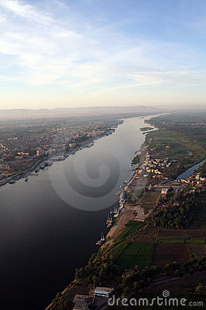 Free The River Nile - Aerial / Elevated View Royalty Free Stock Photo - 8089095