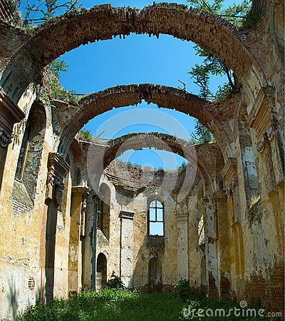 Free The Ruined Church Stock Photos - 39894813