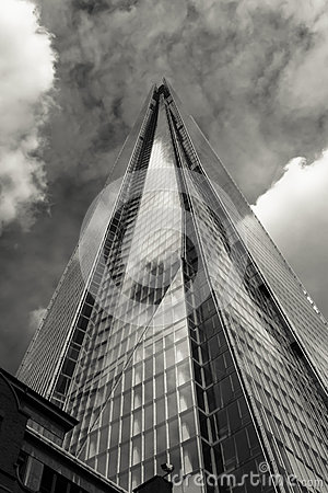 Free The Shard Black And White Stock Photo - 32223700