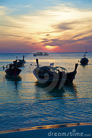 Free The Traditional Thai Longtail Boat Royalty Free Stock Photos - 13069258