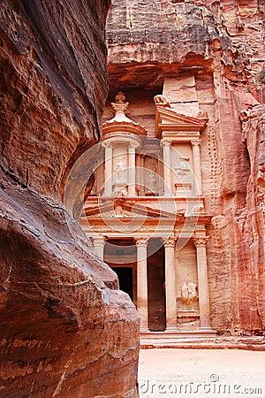 Free The Tresury From The Siq, Petra, Jordan Royalty Free Stock Photo - 1838025