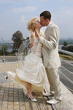 Free The Wedding Kiss Royalty Free Stock Photo - 6321235