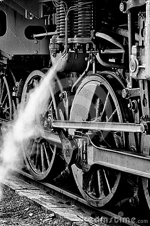 Free The Wheels Of The Old Steam Locomotive Stock Images - 24439584
