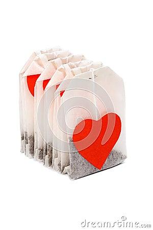 Theezakjes met hart-vormig lables