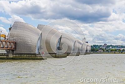 Themsenbarriär Redaktionell Arkivfoto