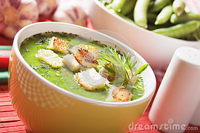 Thick pea soup
