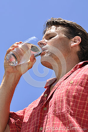 Free Thirsty Man Royalty Free Stock Photography - 25178157