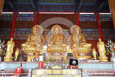 Three big golden buddha