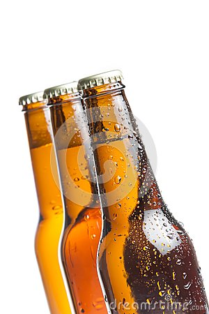 Free Three Bottle Of Fresh Beer With Drops, Isolated Stock Images - 39298554