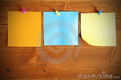 Three colorful blank note papers