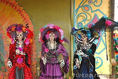 Three Day of the dead Figures, Día de los Muertos
