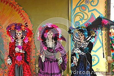 Three Day of the dead Figures, Día de los Muertos