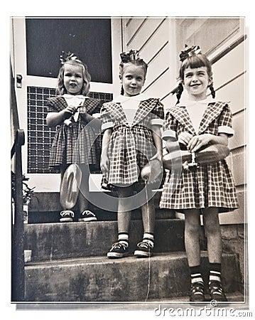 Three Girls/Birthday/Retro