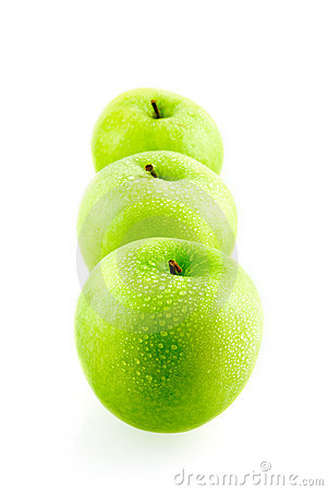 Free Three Green Fresh Apples Stock Photography - 10058962