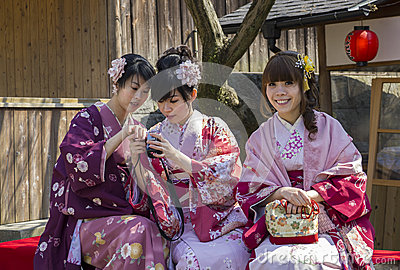 Three japanese girls in kimono Editorial Stock Image