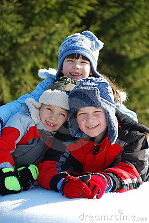 Free Three Kids In The Snow Royalty Free Stock Images - 5212619