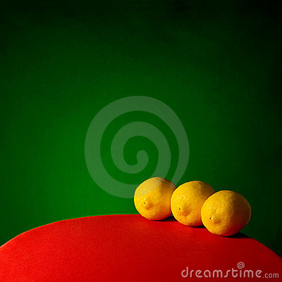 Free Three Lemons Royalty Free Stock Image - 608446