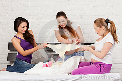 Three pregnant girlfriend
