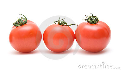 Three ripy red tomatoes