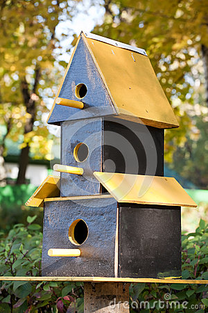 Three-storeyed birdhouse