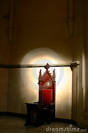 Throne in Shadows