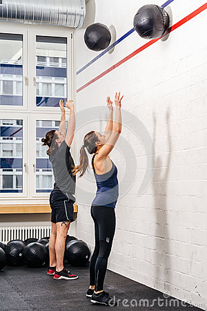 Free Throwing The Medicine Ball At The Gym Stock Image - 69899581