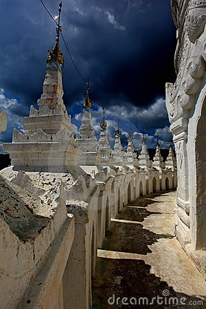 Thunder clouds over a Temple!