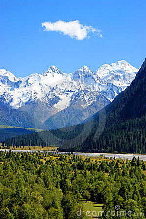 Tianshan Mountain landscape
