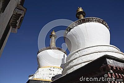 Tibet: buddhas stupa
