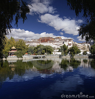Free Tibet - Potala Palace - Lhasa Royalty Free Stock Images - 23950729