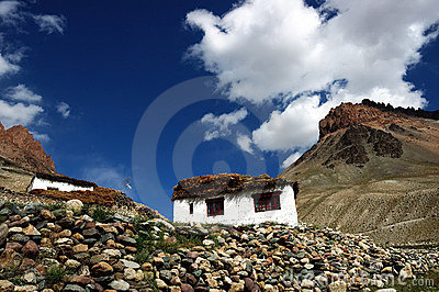 Tibetan country house