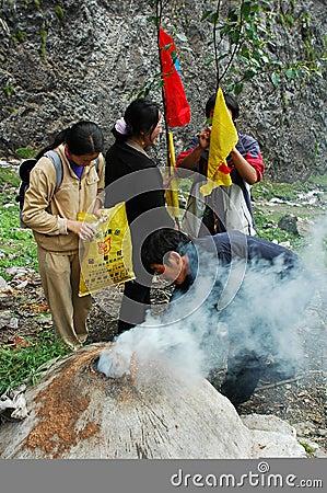 Tibetan pilgrims Editorial Photo