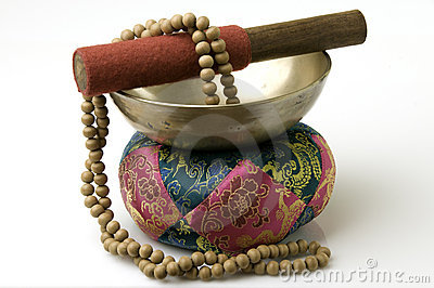 Tibetan Singing Bowl with sandalwood prayer beads