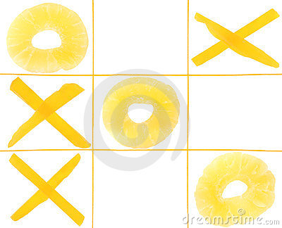 Tic-tac-toe from fruits