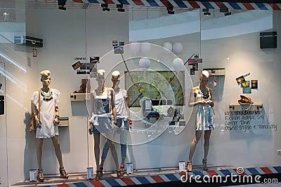 Tienda de la moda Imagen de archivo editorial