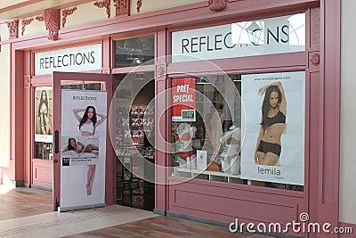 Tienda de las reflexiones Foto de archivo editorial