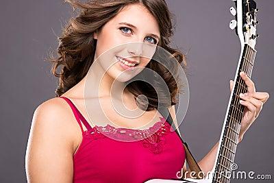 Tiener met gitaar