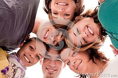 Tieners in cirkel