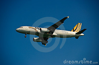 Tiger Airways A320-232 on Final Editorial Stock Photo