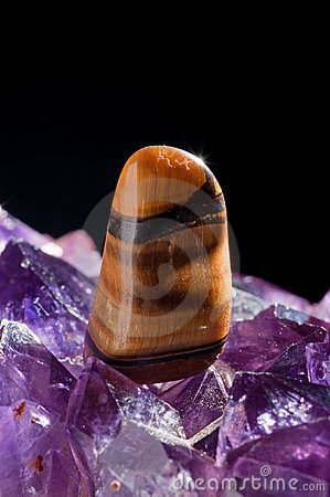 Tiger s eye and amethyst