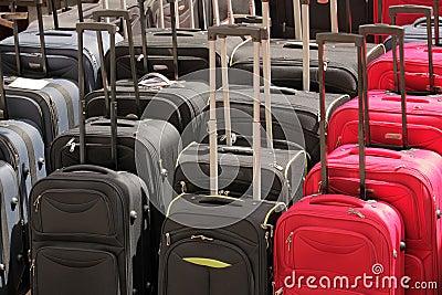 Till salu resväskor