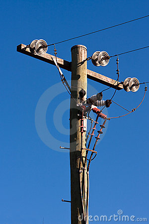 Free Timber Power Pole And Power Lines Stock Photo - 15942000