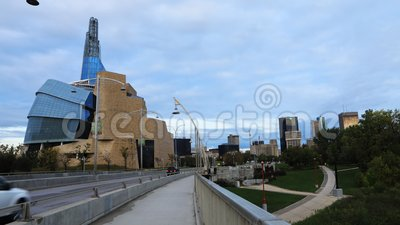 Timelapse Canadian Museum for Human Rights from Provencher Bridge, Winnipeg 4K zdjęcie wideo