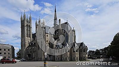 Timelapse de la basílica de nuestra señora Immaculate, Guelph, Canadá 4K almacen de video