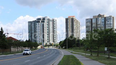 Timelapse del tráfico en Mississauga, Canadá 4K almacen de metraje de vídeo
